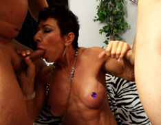Female Muscle Blowjobs