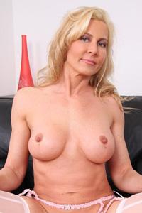 Kelly Estelle