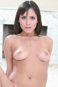 Camilla Bella