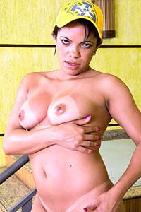 Katia Oliveira
