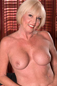 Scarlet Andrews