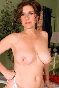 Lorena Ponce