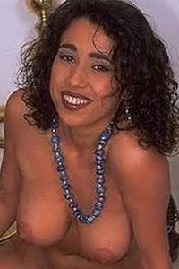 Julia Tchernei