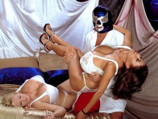 Minka & Kayla vs. Blue Balls