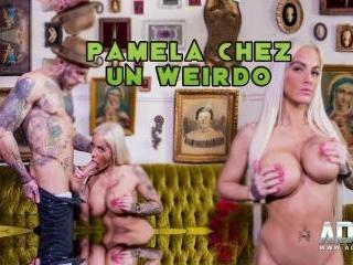Pamela At A Weirdos