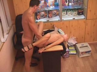 Blonde sucking and riding a fat pecker!
