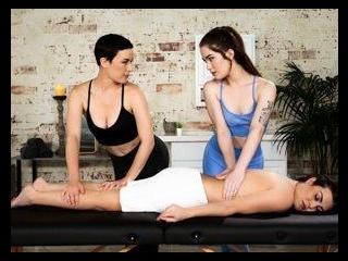 Four-Hands Massage