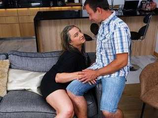 This curvy mature lady does her boyfriend hard and