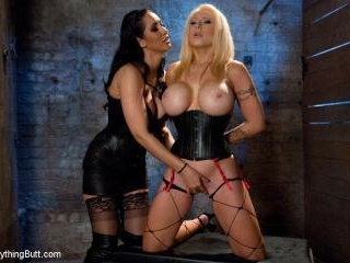 Candy Manson\'s Anal Domination