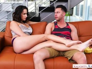 My Friend\'s Hot Girl - Ashley Adams & Seth Gamble