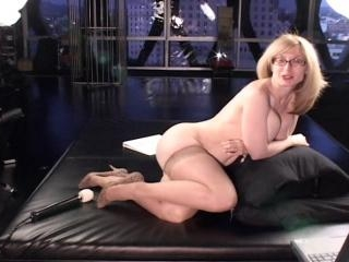 Exclusive interview with Nina Hartley