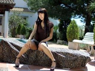 Sexy video :   Sharon Lee Pool