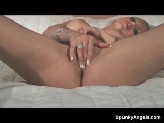 Pearl cums hard in orange lace