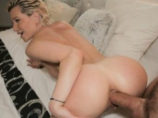 MILFS Perfect Body Fucked for Cash