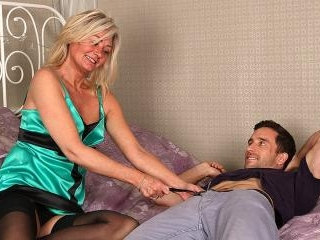 Hairy British housewife fucking and sucking her as