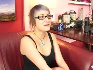 Punk chick Kamila first time at sucking cock POV