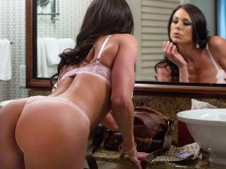 Naughty America - Kendra Lust