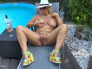 My Nudist Garden