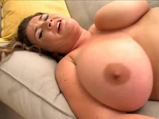 Nikki Smith in Love Your Pie