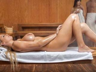 Ass In Heat 2