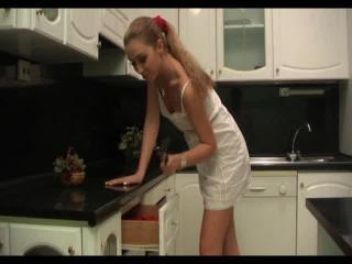 Teen Dreams > Olga Video
