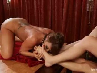 Deepest and kinkiest lesbian anal footing ever! |