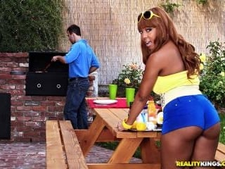 Barbecue Booty
