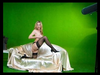 Beautiful Blonde Carol Gold Solo