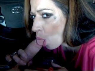 Experienced Emo Latina sucks a dick in a car!