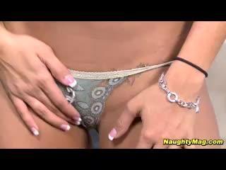 Nikki Johnson in Dipping Timea