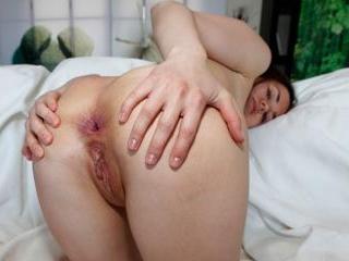 Cocknivorous Mini-Ass