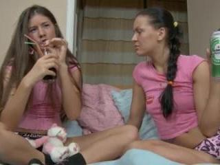Teen Dreams > Vera & Ganna Video