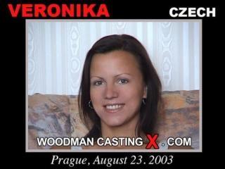 Veronika casting