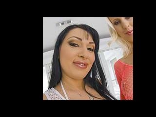 Rozalina & Lynna