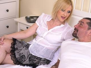 Horny housewife fucking with her man