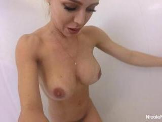Nicole Aniston Showers