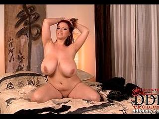 Bodacious bedroom striptease!