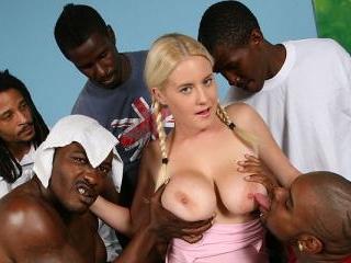 Amatuer Cindee - Blacks On Blondes