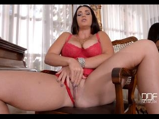 The Grand Piano - Gigantic Knockers and A Glass Di