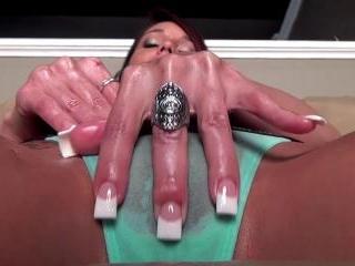 Nikki Oiled Kitty Video