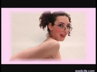Kitty  : First naked and masturbation video of a v