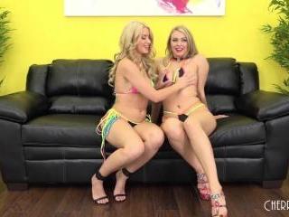 Natalia Starr and Anikka Albrite LIVE