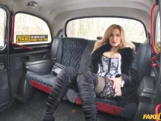 Car Park Taxi Fuck For Sexy Russian