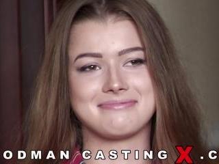 Olivia Sparkle casting
