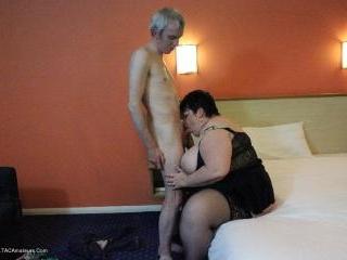 Sleazy Hotel Room Fuck Pt3