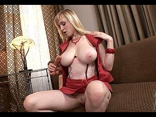 Sexy Misa is back to show off her sexy, top heavy