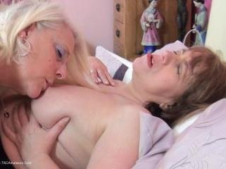 Hot & Horny School Girls Pt3