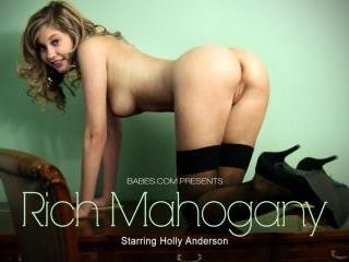 Holly Anderson in Rich Mahogany