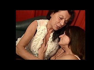 Two German grannies get naughty in bed