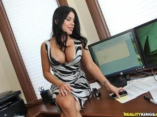 Mrs Boss